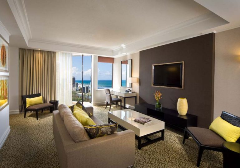 Marriott Hotel 5-Star Furnishings go to Auction UNRESERVED
